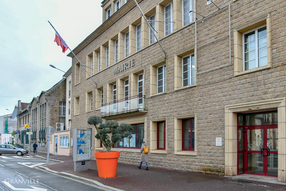 La Cour administrative d'appel de Nantes a rétabli le PLU de 2017 le 21 octobre 2019.