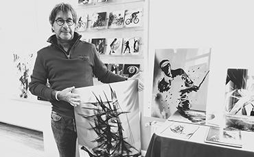 Le peintre numérique Thierry Duchesne, alias WUB, expose toute la semaine aux côtés du photographe Jacques Anger dans l'espace éphémère de créateurs situé Cours Jonville, à Granville.