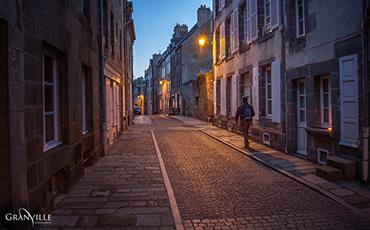 Couvre-feu à 18h : l'extinction de l'éclairage public avancée d'une heure. ©Benoit.Croisy - Coll. Ville de Granville
