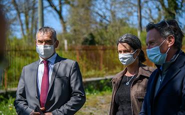 Trois représentants de l'Etat ont visité Château Bonheur lundi 12 avril 2021. ©Benoit.Croisy - Coll. Ville de Granville